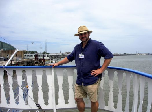 creole queen cruise guide